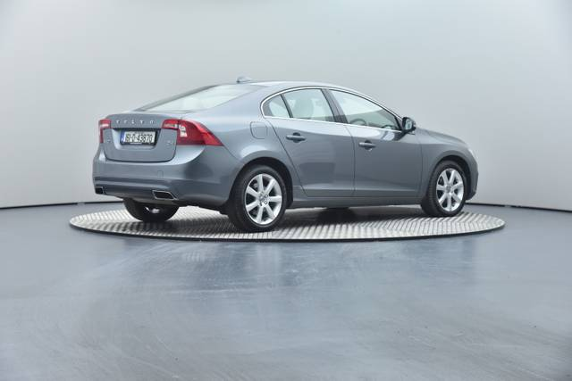 Volvo S60 D4 Geartronic, Momentum-360 image-27