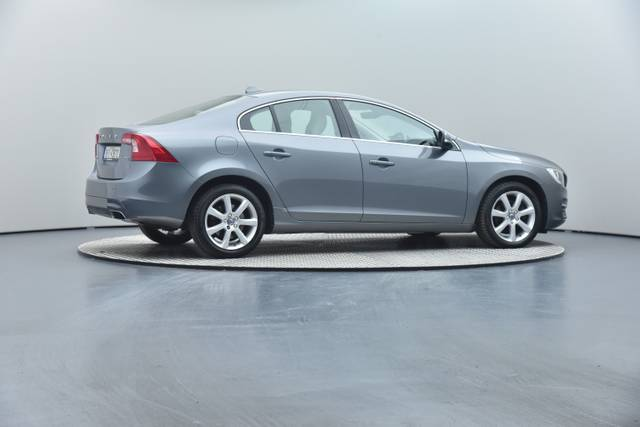 Volvo S60 D4 Geartronic, Momentum-360 image-29