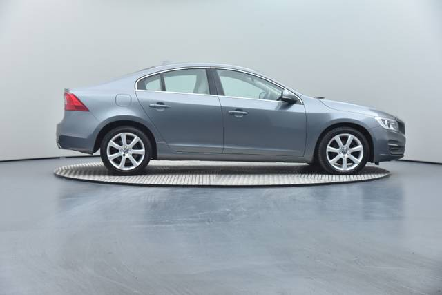 Volvo S60 D4 Geartronic, Momentum-360 image-31