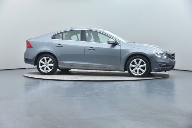 Volvo S60 D4 Geartronic, Momentum-360 image-33