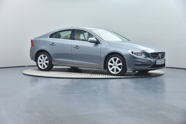 Volvo S60 D4 Geartronic, Momentum-360 image-35