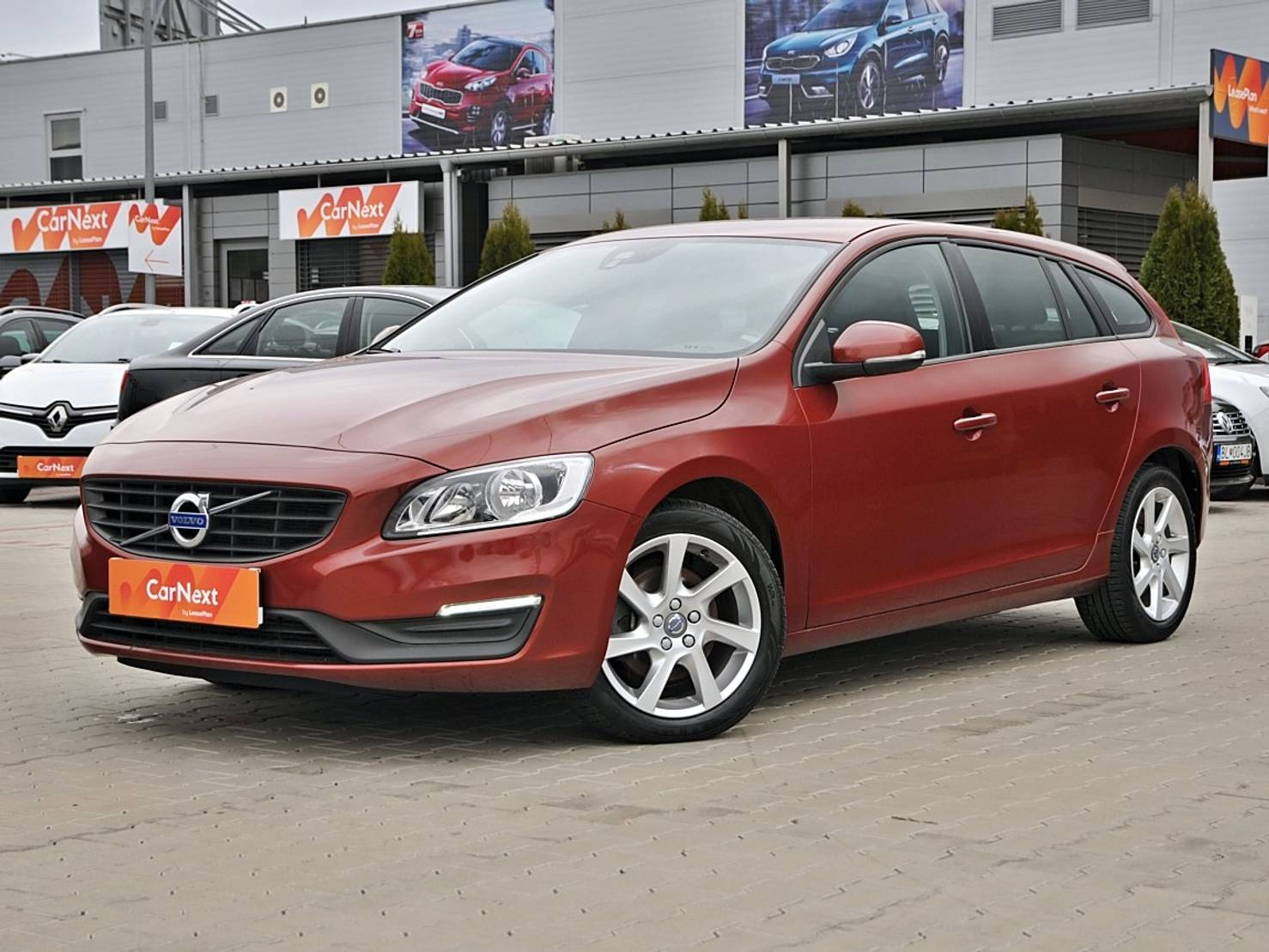 Volvo V60 2.0 D3 Kinetic Geartronic detail1