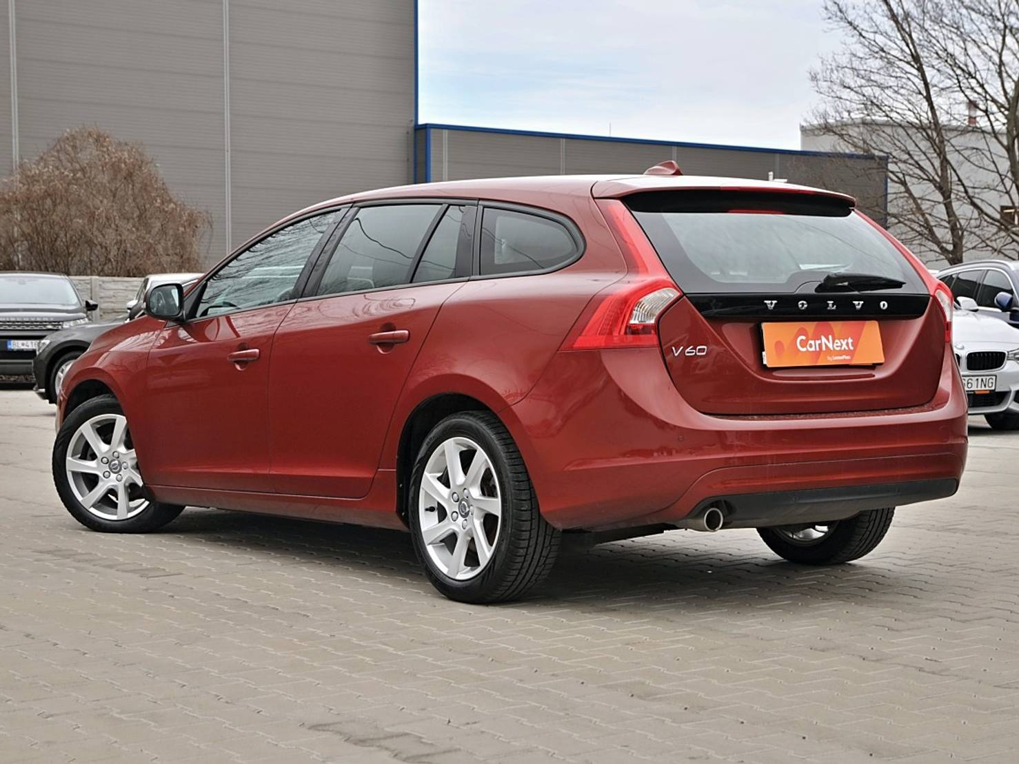 Volvo V60 2.0 D3 Kinetic Geartronic detail2