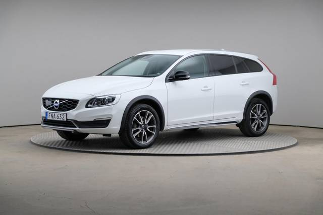 Volvo V60 Cross Count D3 Summum VOC-360 image-0
