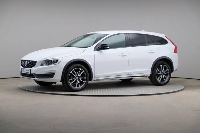 Volvo V60 Cross Count D3 Summum VOC-360 image-1