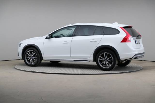 Volvo V60 Cross Count D3 Summum VOC-360 image-7