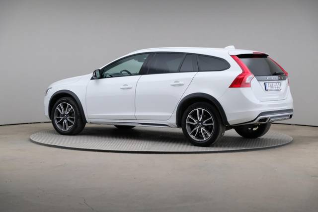 Volvo V60 Cross Count D3 Summum VOC-360 image-8