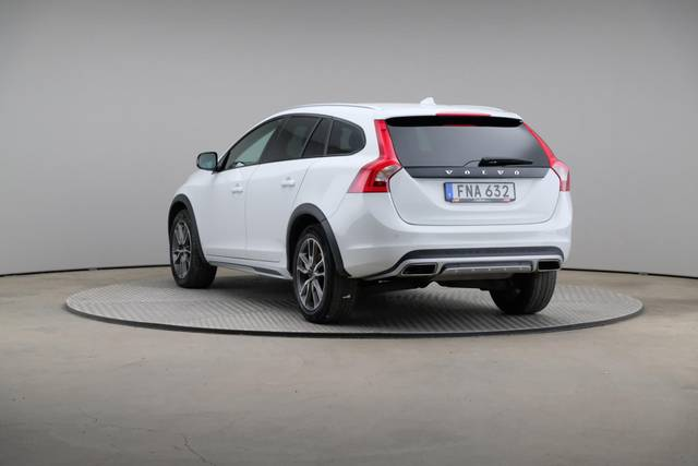 Volvo V60 Cross Count D3 Summum VOC-360 image-11