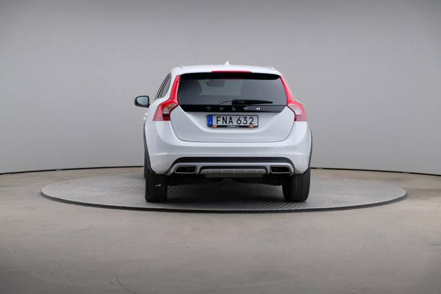 Volvo V60 Cross Count D3 Summum VOC-360 image-13