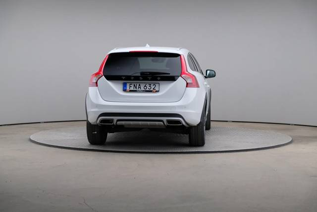 Volvo V60 Cross Count D3 Summum VOC-360 image-14