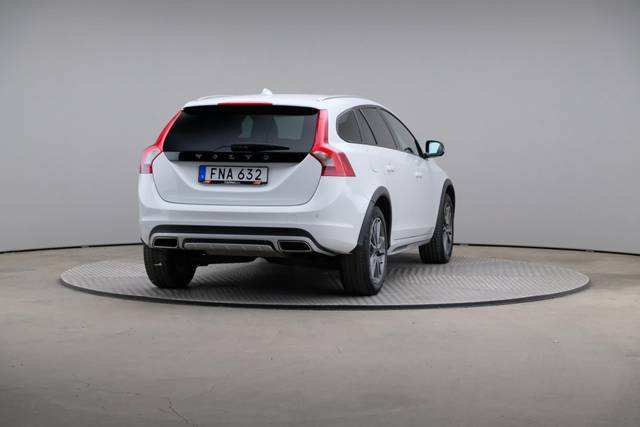 Volvo V60 Cross Count D3 Summum VOC-360 image-15