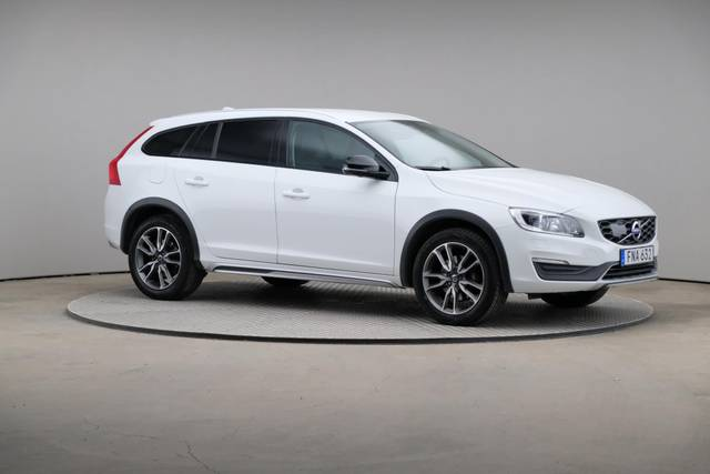 Volvo V60 Cross Count D3 Summum VOC-360 image-26
