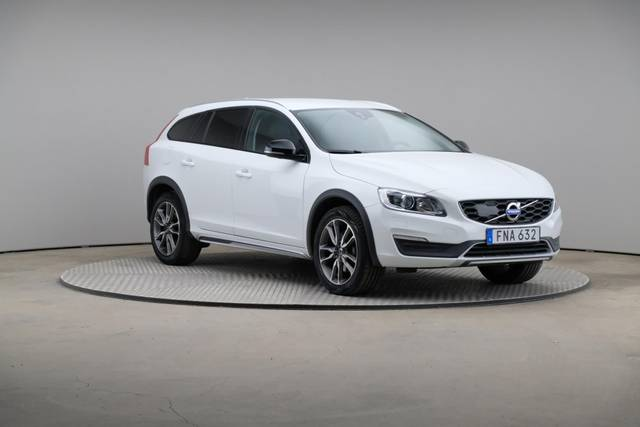 Volvo V60 Cross Count D3 Summum VOC-360 image-28