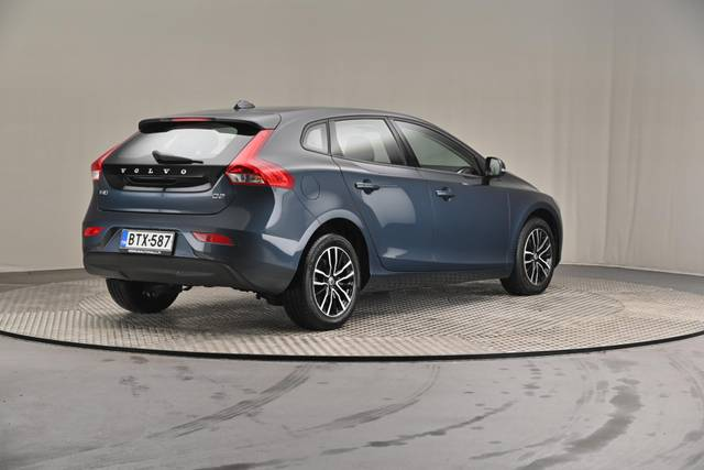 Volvo V40 D2 Business-360 image-17
