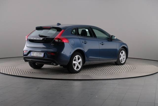 Volvo V40 D3 Geartronic Kinetic-360 image-17
