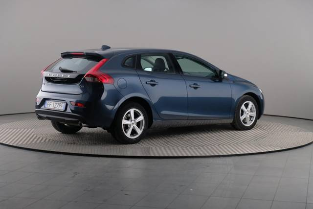 Volvo V40 D3 Geartronic Kinetic-360 image-18