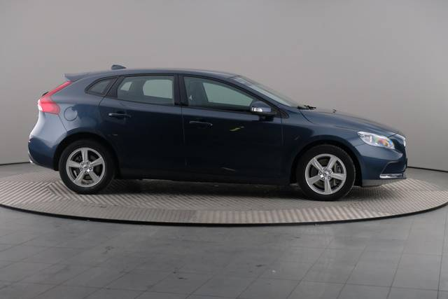 Volvo V40 D3 Geartronic Kinetic-360 image-23