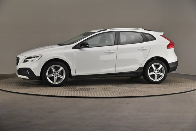 Volvo V40 Cross Country D3 Business Summum A (MY17.1) -Varustepaketti HighTech--360 image-3