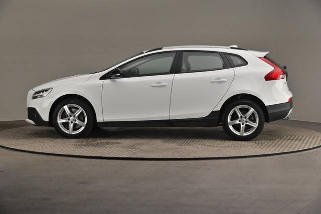 Volvo V40 Cross Country D3 Business Summum A (MY17.1) -Varustepaketti HighTech--360 image-5