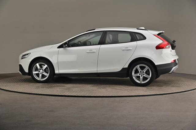 Volvo V40 Cross Country D3 Business Summum A (MY17.1) -Varustepaketti HighTech--360 image-6