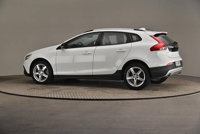 Volvo V40 Cross Country D3 Business Summum A (MY17.1) -Varustepaketti HighTech--360 image-7