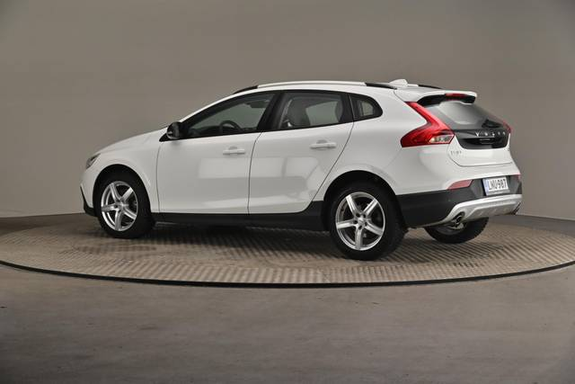 Volvo V40 Cross Country D3 Business Summum A (MY17.1) -Varustepaketti HighTech--360 image-8
