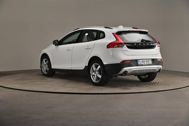Volvo V40 Cross Country D3 Business Summum A (MY17.1) -Varustepaketti HighTech--360 image-10