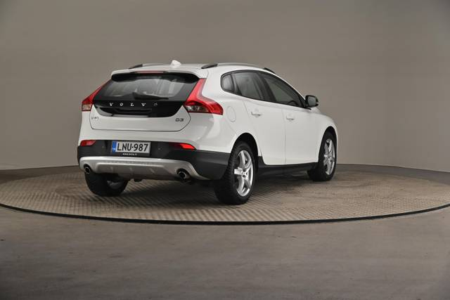 Volvo V40 Cross Country D3 Business Summum A (MY17.1) -Varustepaketti HighTech--360 image-16