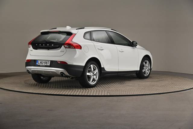 Volvo V40 Cross Country D3 Business Summum A (MY17.1) -Varustepaketti HighTech--360 image-17
