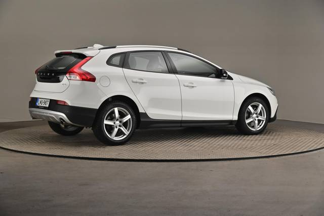 Volvo V40 Cross Country D3 Business Summum A (MY17.1) -Varustepaketti HighTech--360 image-19