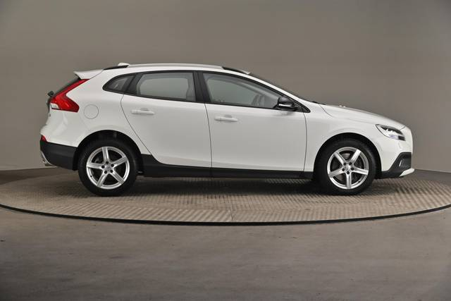 Volvo V40 Cross Country D3 Business Summum A (MY17.1) -Varustepaketti HighTech--360 image-22