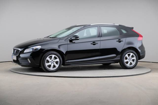 Volvo V40 Cross Country D3 Momentum VoC-360 image-2