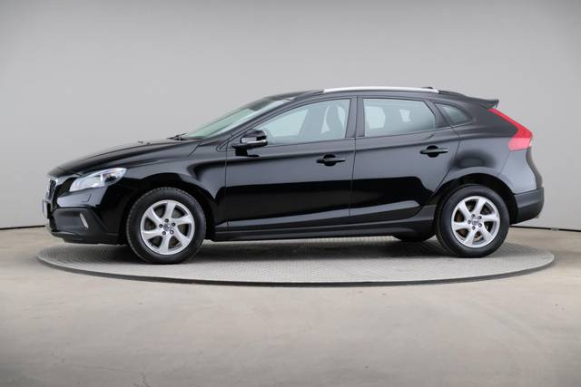 Volvo V40 Cross Country D3 Momentum VoC-360 image-3