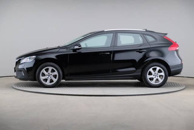 Volvo V40 Cross Country D3 Momentum VoC-360 image-4