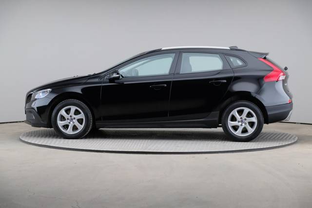 Volvo V40 Cross Country D3 Momentum VoC-360 image-5