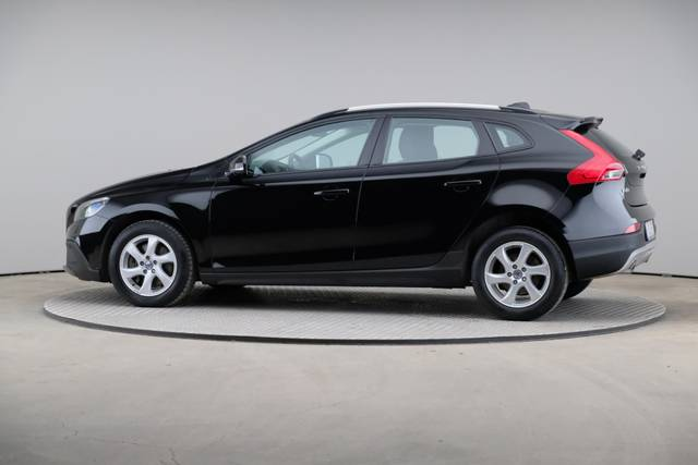 Volvo V40 Cross Country D3 Momentum VoC-360 image-6