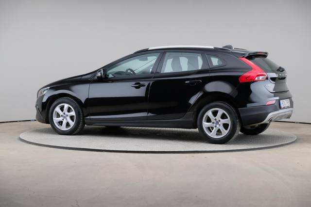Volvo V40 Cross Country D3 Momentum VoC-360 image-7