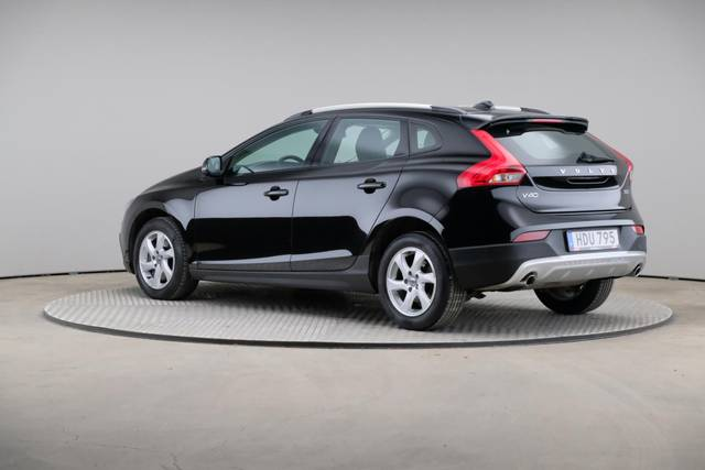 Volvo V40 Cross Country D3 Momentum VoC-360 image-9
