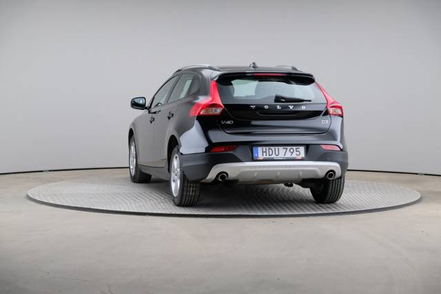 Volvo V40 Cross Country D3 Momentum VoC-360 image-12