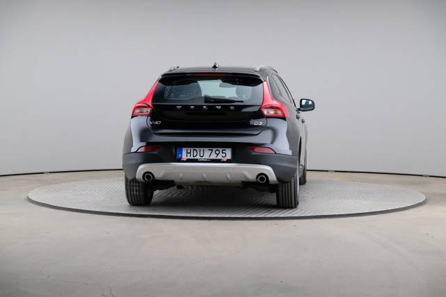 Volvo V40 Cross Country D3 Momentum VoC-360 image-14