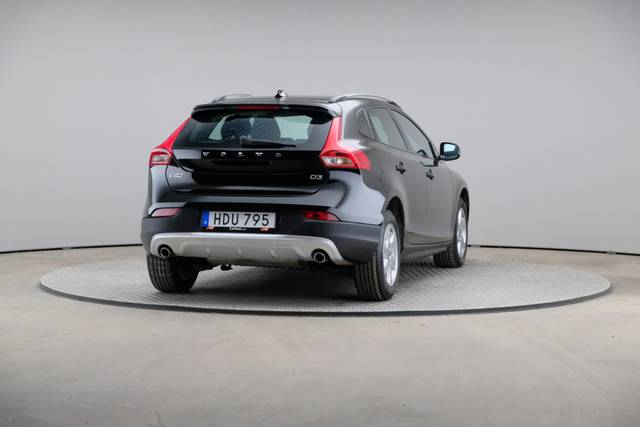 Volvo V40 Cross Country D3 Momentum VoC-360 image-15