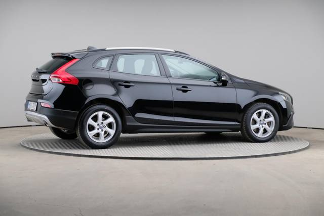 Volvo V40 Cross Country D3 Momentum VoC-360 image-20