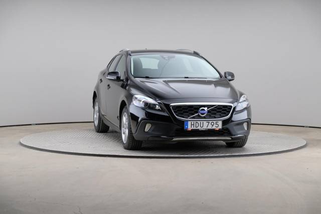 Volvo V40 Cross Country D3 Momentum VoC-360 image-30