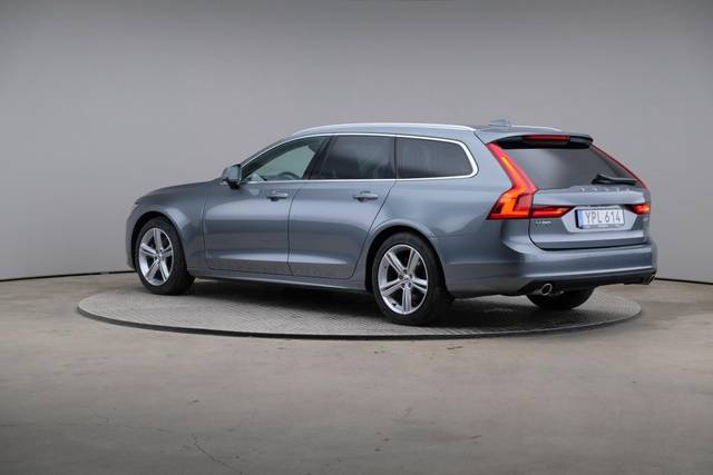 Volvo V90 D4 Geartronic, Momentum-360 image-9