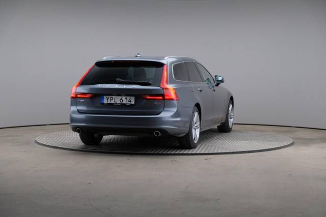 Volvo V90 D4 Geartronic, Momentum-360 image-15
