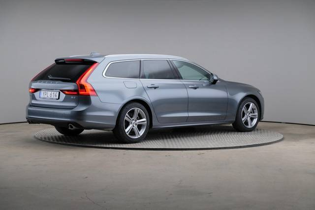 Volvo V90 D4 Geartronic, Momentum-360 image-18