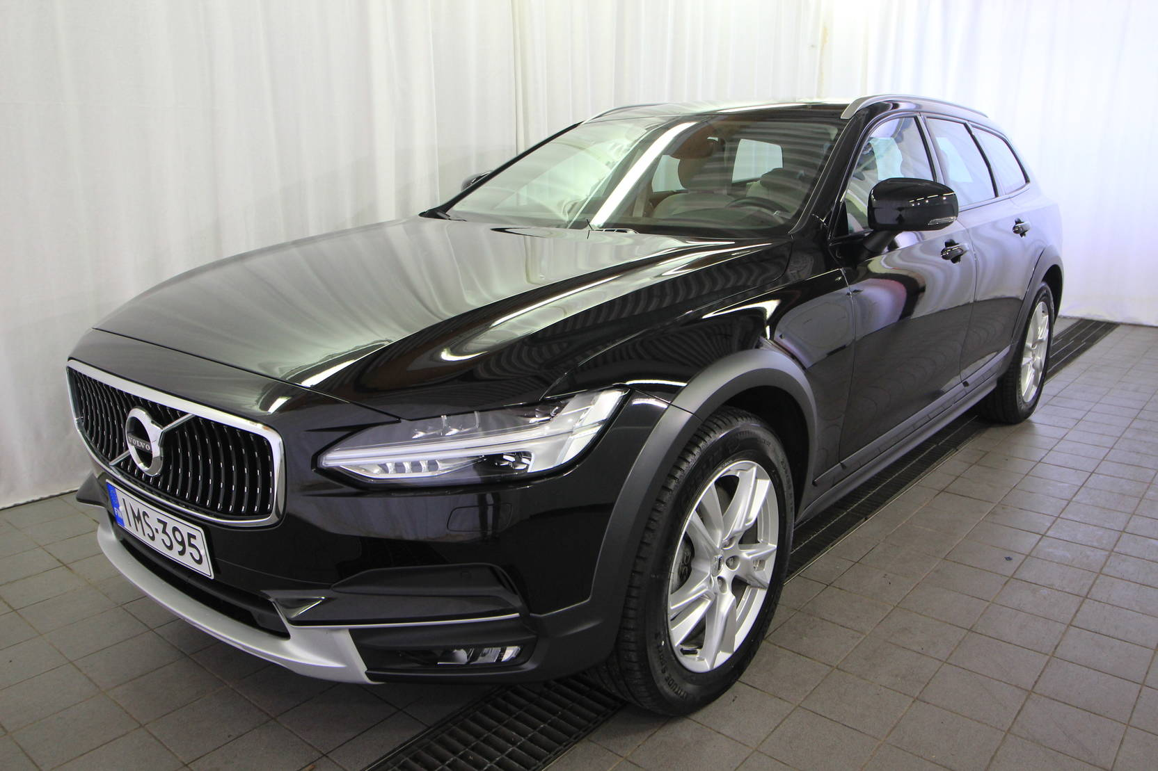 Volvo V90 Cross Country D4 AWD Plus Aut detail1
